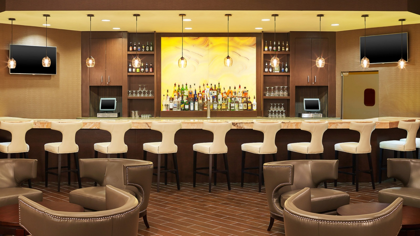 Restaurants in Lisle - Entre Bar
